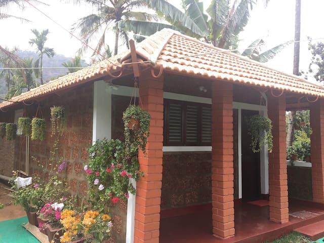 Red Hill HomeStay 2 - Aimangala - Casa