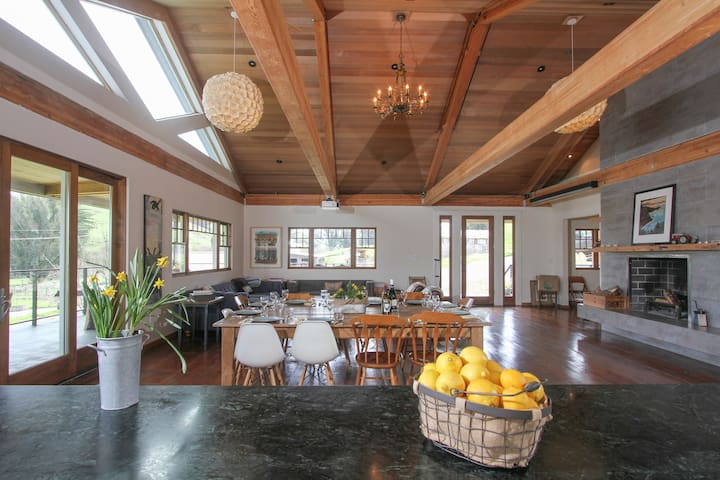 Modern Farm House on Goat Dairy - Tomales - Casa