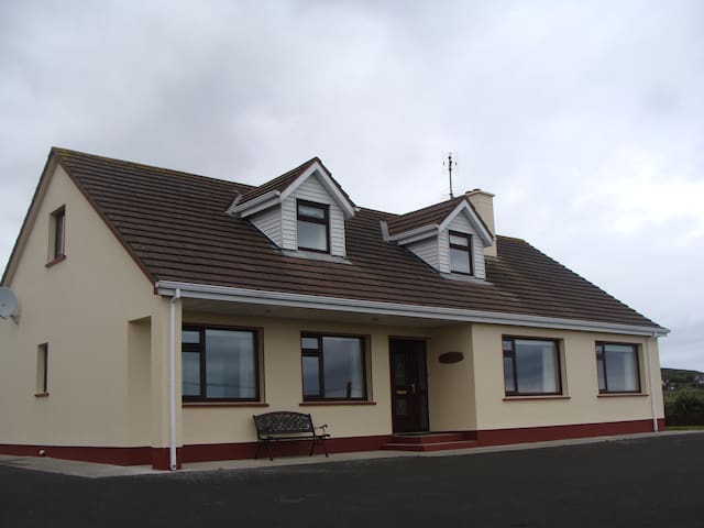 The Cove- Self Catering Cottage in Donegal - County Donegal - Ev