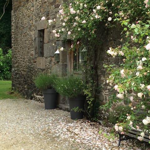 La Binellerie Garden Gite - Miniac Morvan - Appartement