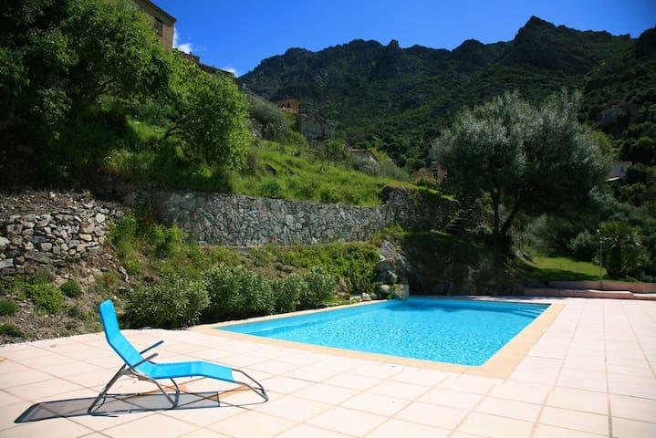 Charme et douceur en Corse - Lama - Lägenhet
