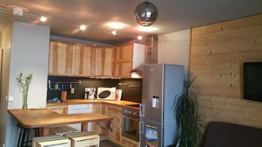 Bel appartement typé chalet,T3, vue extraordinaire - Orcières - Apartamento