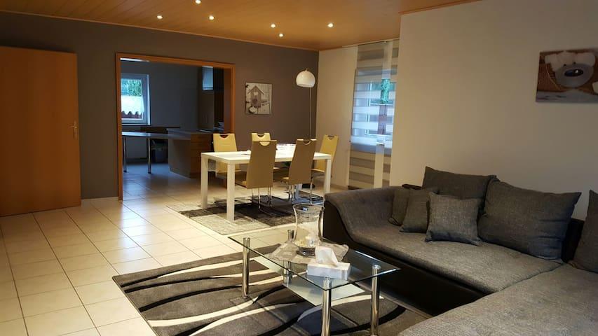 Pretty & Modern Apartment near RAB - Bruchmühlbach-Miesau - Lägenhet