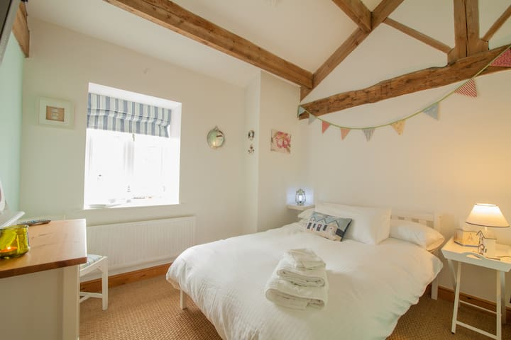 Nautical room in Yorkshire Barn - Gargrave - Bed & Breakfast