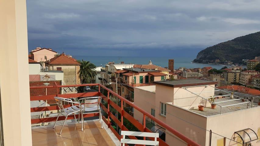 Appartam con terrazzo vista mare - Noli - Apartemen