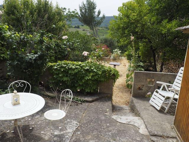 Maison dans un village pittoresque des Corbières - Quintillan - Hus