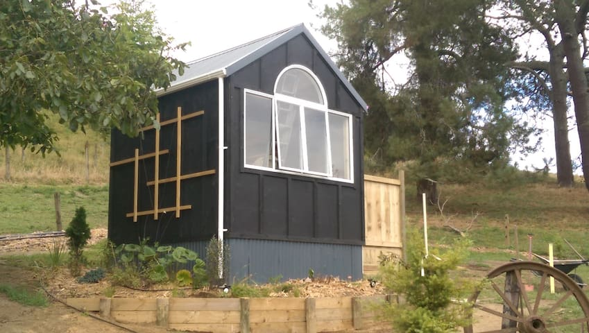 "Glamping  Mini House  ""Sunlight Cabin"" - Ngatira - Hytte"