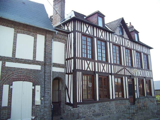 Maison Dr Vassaux gite en Normandie - Saint-Saëns - Casa