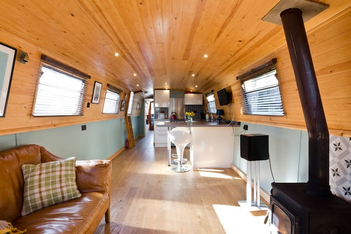 Beautiful newly refitted eco-widebeam barge - Wallingford - Лодка