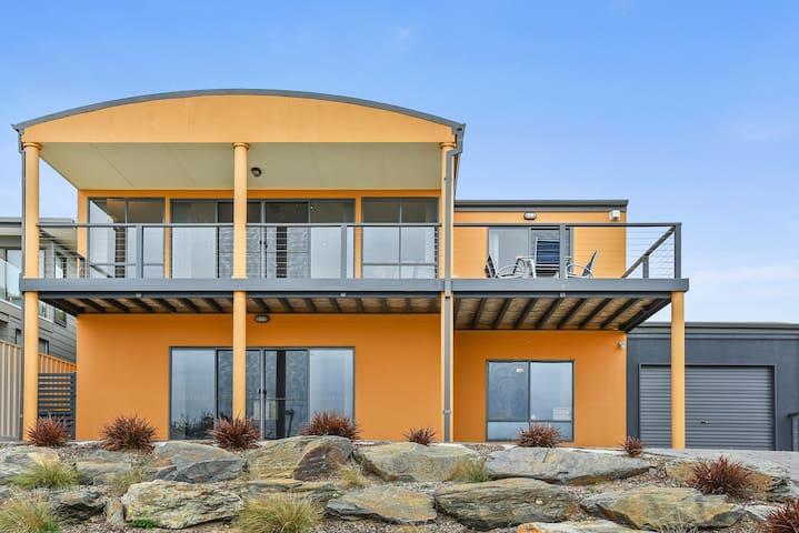 The Fleurieu Beachhouse - Goolwa Beach - Hus