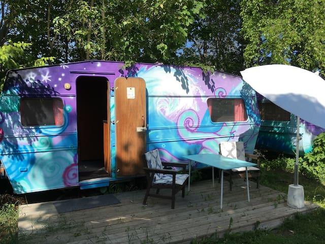 Caravan hostel, Edeby Gästfrihet - Norrtälje N - Autocaravana