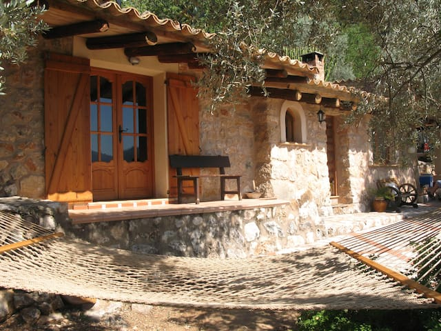 Soller...Ecological Mountain Cabin - Fornalutx - Cabane
