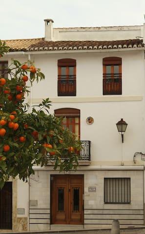 Traditional Spanish Townhouse - Oliva - Townhouse