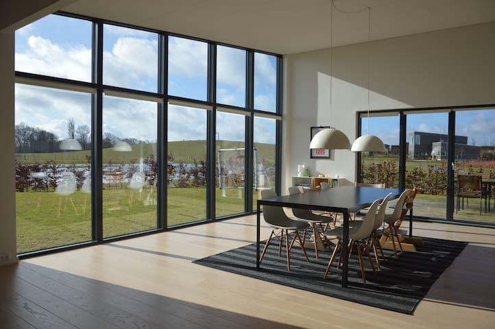 Cozy design House in Roskilde - Roskilde - Villa