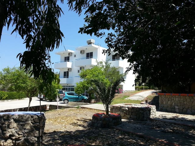 2Bed Room in S.GeorgeEcotel General - Rodi