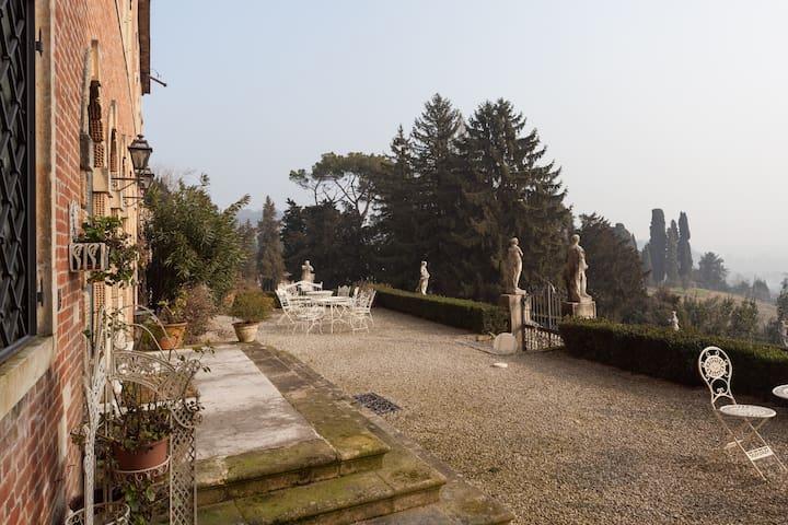 Top floor with view near Vicenza - Creazzo - 城