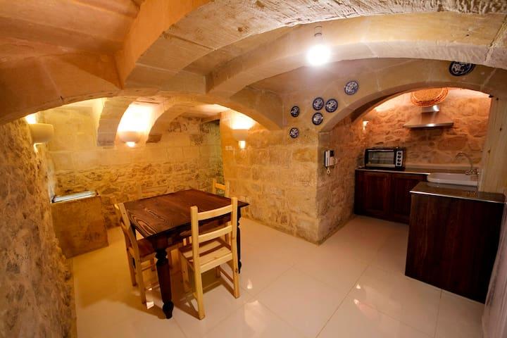 Rabat house with antique features - Rabat - Casa