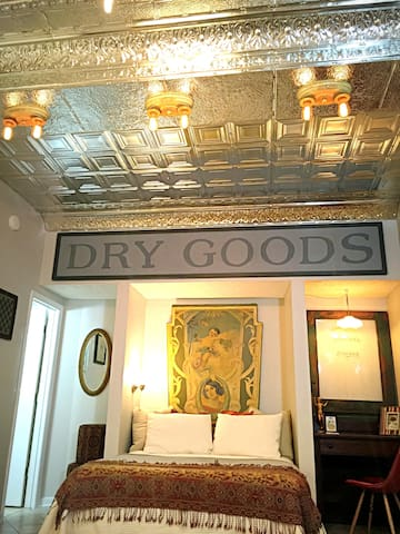Cool, Eclectic Studio - Central Historic Downtown - Wilmington - Appartement
