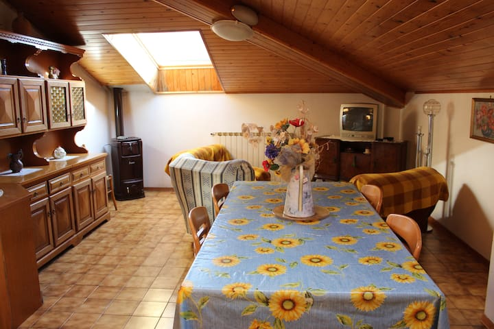 Apartment in Maresca for mountain bikers - Maresca - Appartement