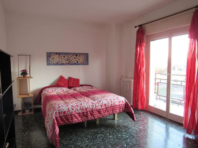 For 4 Persons Green Tree - 2 step from the Center - San Donato Milanese - Daire