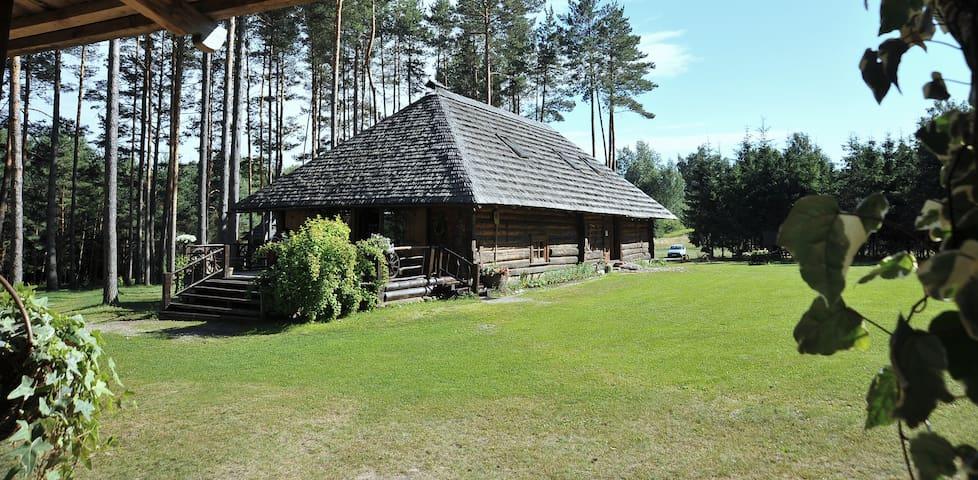 The Ethnographic Guest House GUNGAS - Divezeri - 木屋
