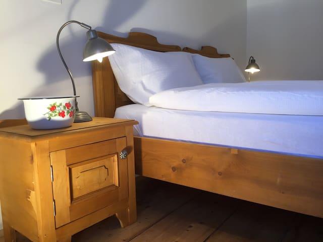 Apartment STUBE 6 Casa Patrizia Rooms & Apartments - Malosco - Leilighet