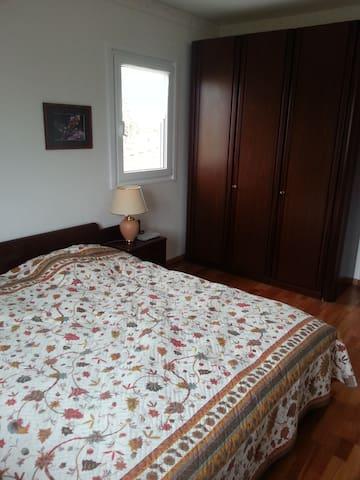 Chambre pour exposant salon auto - Cessy - Villa