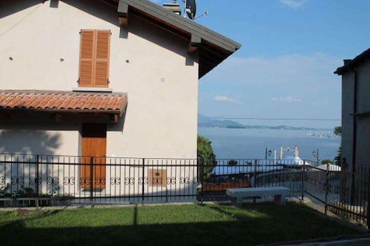Relax and Nature on Lago Maggiore - Feriolo - Leilighet