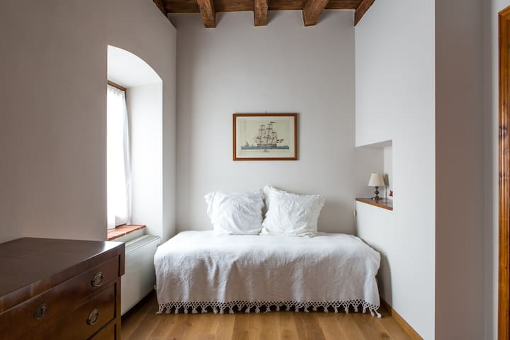 B&BCorteCastello Lago di Garda  - Affi - Bed & Breakfast