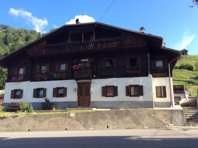 Casa rustica Comelico Cadore - Campolongo - Huis