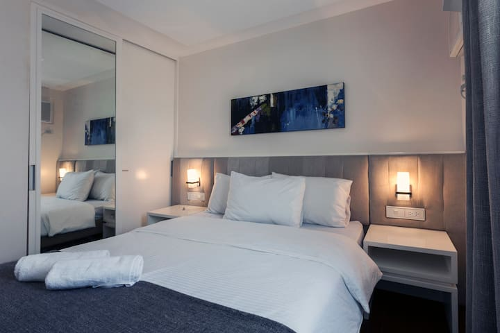 1BR Condo: A Nice Place To Unwind w/ Massage for 2 - Muntinlupa