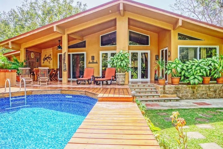 Casa Pelicano 3bed beachhse w/pool Surf & Boogiebd - Palm Beach Estates Playa Grande - Maison