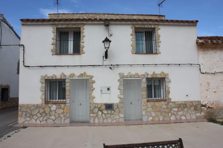 Lovely cottage for 4 in Vall d'Alba - Vall d'Alba