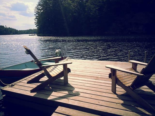 Lakefront cabin 35 mins from Ottawa - Val-des-Monts - Hytte
