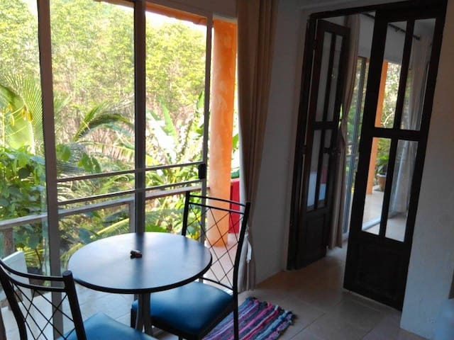 Air-con Apartment at Firefly Lodge, beautiful view - Ko Lanta Yai - Appartement