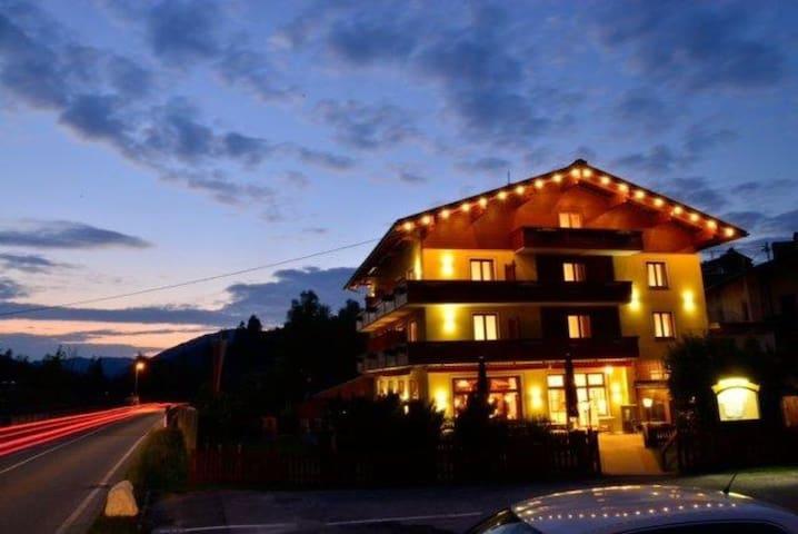 Hotel Beretta - Achenkirch - Szoba reggelivel