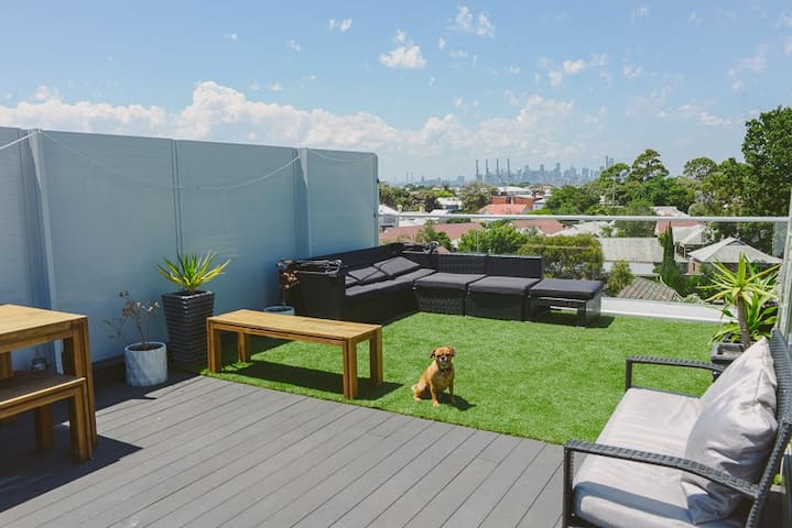 4 Level Townhouse with Rooftop Terrace - Williamstown - Stadswoning