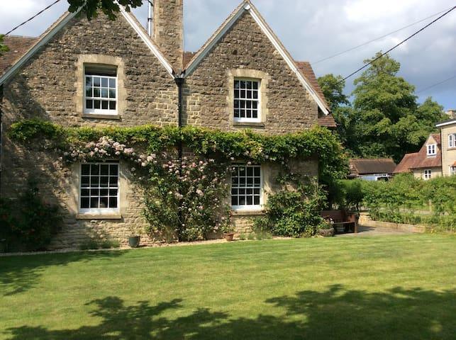 Church End Cottage - South Leigh