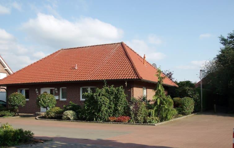 Ferienhaus Bungalow großer Garten - Bad Bentheim - Hus