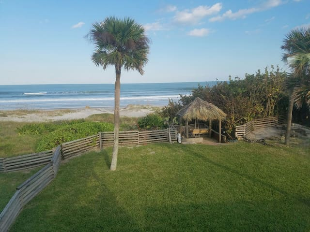 3B 3Ba Beach House ON THE BEACH - Cocoa Beach - Hus