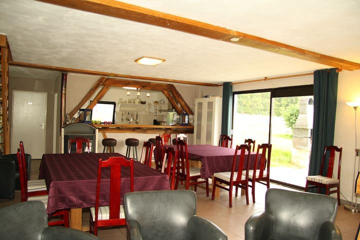 Chambre d'hôtes Le-Parc - Méry-és-Bois - Gästhus
