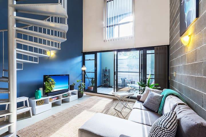 Loft Apartment minutes walk to the city - Chippendale - Apartmen