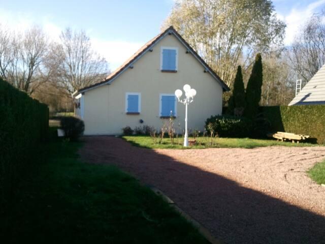 """CHALET  """"BELLE VUE"""" - Saint-Georges-sur-Arnon - 牧人小屋"""