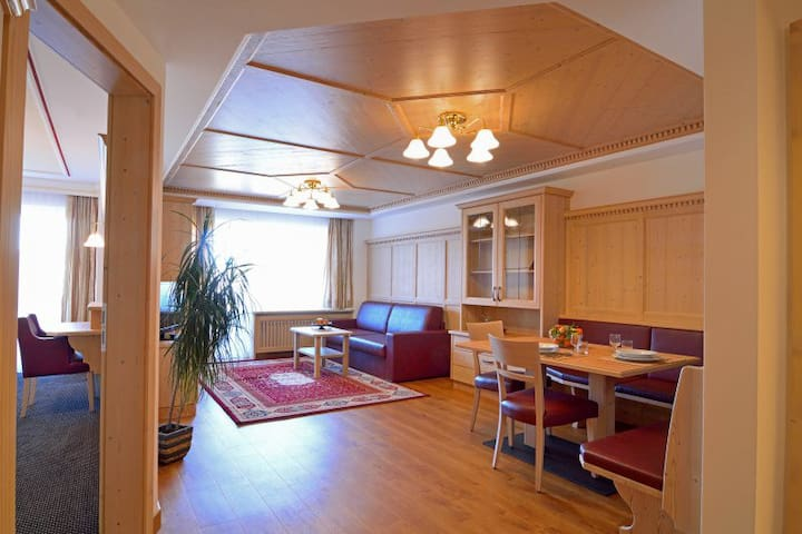 One room apartment with balcony or garden terrace - Selva di Val Gardena - Daire