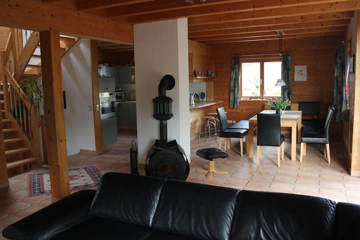 Komfortables Holzblockhaus am Untersee (Bodensee) - Öhningen - Maison