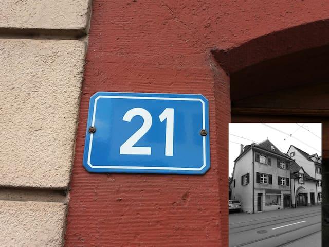 """ House 21 "" - Riehen - Departamento"