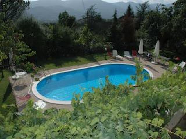 Colle Delle Noci Bagnone Toscana - Bagnone - Huis