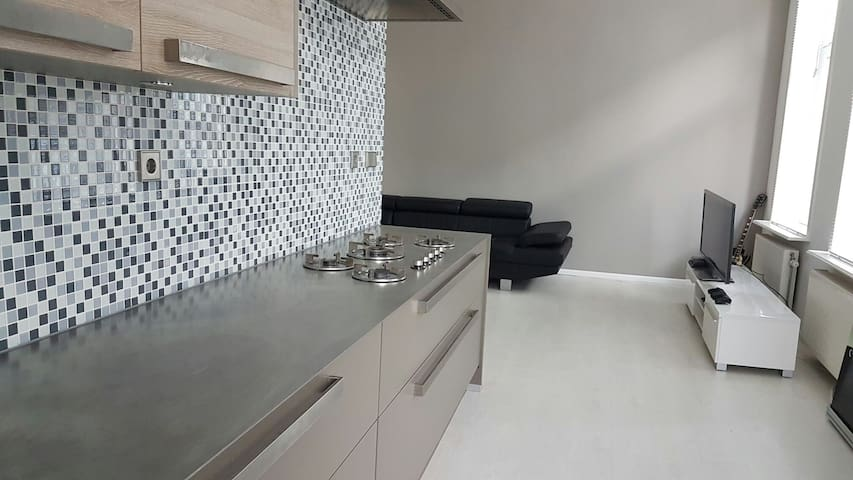 Cool maisonnette with free parking - Rotterdam - Apartemen