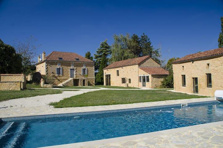 Villa Pech'Mej avec piscine en Périgord Noir - Sainte-Foy-de-Belvès - 別墅