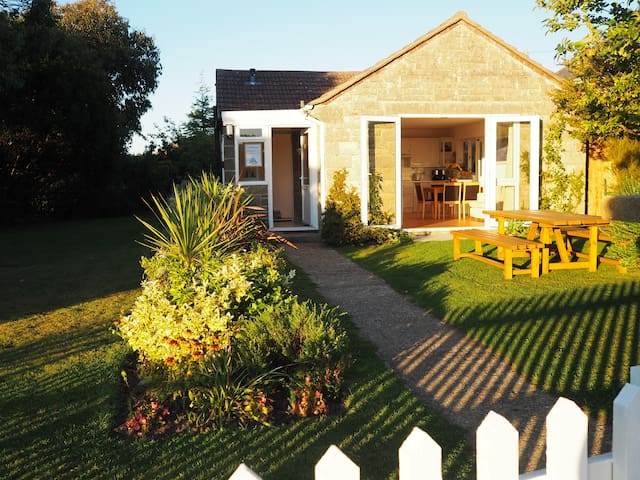 'Cliffway' - Isle of Wight - Bungalow